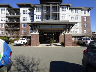 "Photo 1: 310 45645 KNIGHT Road in Sardis: Sardis West Vedder Rd Condo for sale in ""COTTON RIDGE"" : MLS®# R2350114"