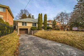 Photo 2: 26 Winlock Park in Toronto: Newtonbrook East House (Bungalow-Raised) for sale (Toronto C14)  : MLS®# C4393234