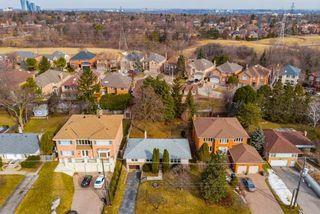 Photo 18: 26 Winlock Park in Toronto: Newtonbrook East House (Bungalow-Raised) for sale (Toronto C14)  : MLS®# C4393234