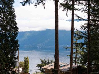 "Photo 14: 712 CHANNELVIEW Drive: Bowen Island House for sale in ""Queen Charlotte Heights"" : MLS®# R2358782"