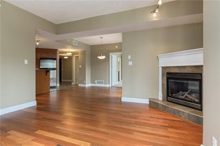 Photo 4: 505 110 7 Street SW in Calgary: Eau Claire Apartment for sale : MLS®# C4239151