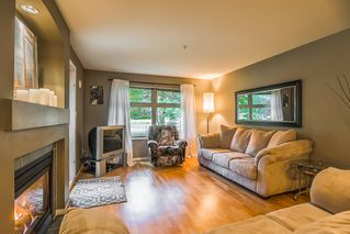 "Photo 6: 111 15220 GUILDFORD Drive in Surrey: Guildford Condo for sale in ""Boulevard Club"" (North Surrey)  : MLS®# R2363351"