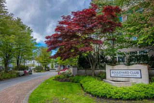 "Photo 3: 111 15220 GUILDFORD Drive in Surrey: Guildford Condo for sale in ""Boulevard Club"" (North Surrey)  : MLS®# R2363351"