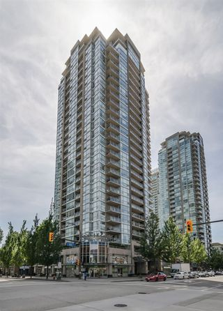 "Main Photo: 2906 2968 GLEN Drive in Coquitlam: North Coquitlam Condo for sale in ""Grand Central 2"" : MLS®# R2376064"