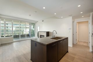 """Photo 4: 204 768 ARTHUR ERICKSON Place in West Vancouver: Park Royal Condo for sale in """"Evelyn"""" : MLS®# R2380818"""