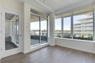 """Photo 10: 204 768 ARTHUR ERICKSON Place in West Vancouver: Park Royal Condo for sale in """"Evelyn"""" : MLS®# R2380818"""