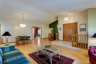 Photo 6: 39 SIERRA MORENA Circle SW in Calgary: Signal Hill Detached for sale : MLS®# C4256131