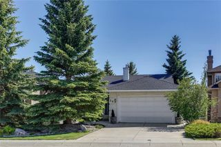 Photo 1: 39 SIERRA MORENA Circle SW in Calgary: Signal Hill Detached for sale : MLS®# C4256131