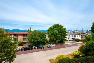 "Photo 7: 205 2100 W 3RD Avenue in Vancouver: Kitsilano Condo for sale in ""Panora Place"" (Vancouver West)  : MLS®# R2387514"