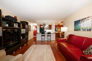 "Photo 10: 205 2100 W 3RD Avenue in Vancouver: Kitsilano Condo for sale in ""Panora Place"" (Vancouver West)  : MLS®# R2387514"