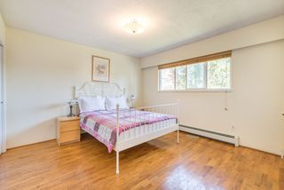 Photo 12: 5320 SUSSEX Avenue in Burnaby: Forest Glen BS House for sale (Burnaby South)  : MLS®# R2396250