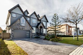 Photo 2: 13498 87B Avenue in Surrey: Queen Mary Park Surrey House for sale : MLS®# R2417699
