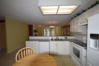 Photo 9: 309 15340 19A Avenue in Surrey: King George Corridor Condo for sale (South Surrey White Rock)  : MLS®# R2419437