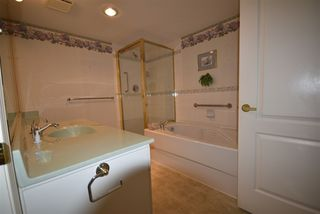 Photo 10: 309 15340 19A Avenue in Surrey: King George Corridor Condo for sale (South Surrey White Rock)  : MLS®# R2419437