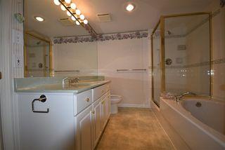 Photo 11: 309 15340 19A Avenue in Surrey: King George Corridor Condo for sale (South Surrey White Rock)  : MLS®# R2419437