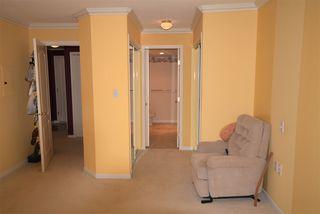 Photo 13: 309 15340 19A Avenue in Surrey: King George Corridor Condo for sale (South Surrey White Rock)  : MLS®# R2419437