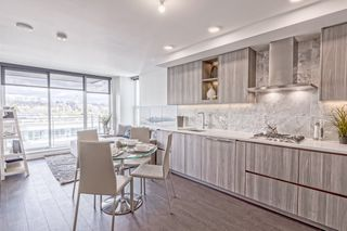 """Photo 6: 1908 455 SW MARINE Drive in Vancouver: Cambie Condo for sale in """"W1"""" (Vancouver West)  : MLS®# R2421852"""