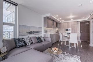 """Photo 4: 1908 455 SW MARINE Drive in Vancouver: Cambie Condo for sale in """"W1"""" (Vancouver West)  : MLS®# R2421852"""