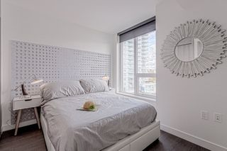 """Photo 7: 1908 455 SW MARINE Drive in Vancouver: Cambie Condo for sale in """"W1"""" (Vancouver West)  : MLS®# R2421852"""