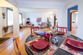 Photo 11: 9136 70 Avenue in Edmonton: Zone 17 House for sale : MLS®# E4183989