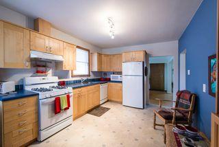 Photo 5: 9136 70 Avenue in Edmonton: Zone 17 House for sale : MLS®# E4183989
