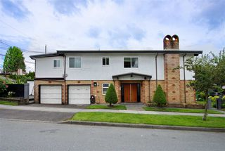 Photo 4: 2250 LILLOOET Street in Vancouver: Renfrew VE House for sale (Vancouver East)  : MLS®# R2464551