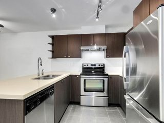 Photo 12: 312 738 E 29TH Avenue in Vancouver: Fraser VE Condo for sale (Vancouver East)  : MLS®# R2498995
