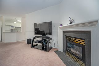 """Photo 5: 15130 29A Avenue in Surrey: King George Corridor Condo for sale in """"THE SANDS"""" (South Surrey White Rock)  : MLS®# R2509572"""