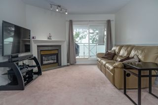 """Photo 3: 15130 29A Avenue in Surrey: King George Corridor Condo for sale in """"THE SANDS"""" (South Surrey White Rock)  : MLS®# R2509572"""