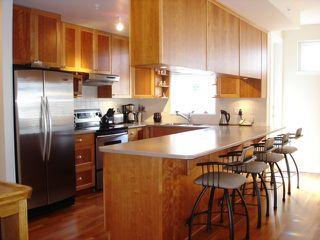 Photo 3: PH9 15392 16A Avenue in Ocean Bay Villas: Home for sale : MLS®# F2725562