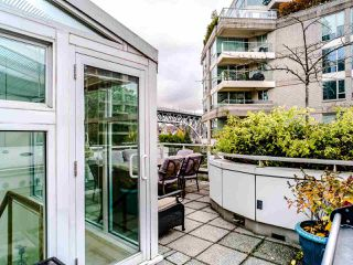 "Photo 34: T08 1501 HOWE Street in Vancouver: Yaletown Townhouse for sale in ""888 Beach"" (Vancouver West)  : MLS®# R2517539"