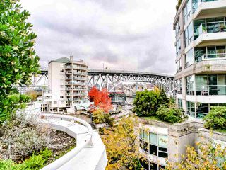 "Photo 35: T08 1501 HOWE Street in Vancouver: Yaletown Townhouse for sale in ""888 Beach"" (Vancouver West)  : MLS®# R2517539"