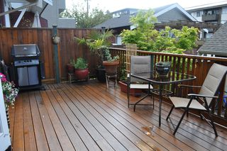 Photo 4: 223 E 17TH Street in North Vancouver: Central Lonsdale House 1/2 Duplex for sale : MLS®# V891734