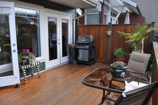 Photo 5: 223 E 17TH Street in North Vancouver: Central Lonsdale House 1/2 Duplex for sale : MLS®# V891734