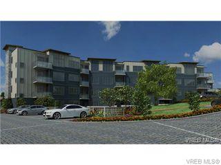 Photo 2: 102 3912 Carey Rd in VICTORIA: SW Tillicum Condo Apartment for sale (Saanich West)  : MLS®# 653342