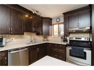 "Photo 5: 38 6629 138TH Street in Surrey: East Newton Townhouse for sale in ""Hyland Creek"" : MLS®# F1410025"