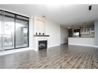 """Photo 5: 1001 1 RENAISSANCE Square in New Westminster: Quay Condo for sale in """"THE Q AT THE NEW WESTMINSTER QUAY"""" : MLS®# V1061175"""