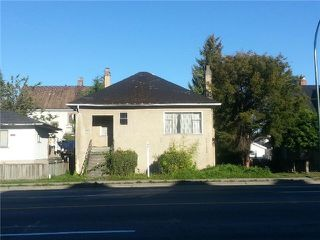 """Photo 1: 4328 KNIGHT Street in Vancouver: Knight House for sale in """"ZONED: MULTIPLE FAMILY DWELLING"""" (Vancouver East)  : MLS®# V1067197"""
