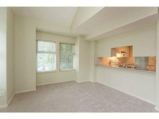 "Photo 5: 2 9036 208TH Street in Langley: Walnut Grove Townhouse for sale in ""Hunter's Glen"" : MLS®# F1424781"