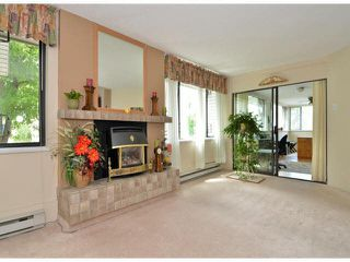 "Photo 2: 213 15275 19 Avenue in Surrey: King George Corridor Condo for sale in ""Village Terrace"" (South Surrey White Rock)  : MLS®# F1425373"