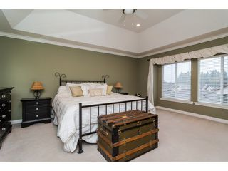 "Photo 10: 5836 167TH Street in Surrey: Cloverdale BC House for sale in ""WESTSIDE TERRACE"" (Cloverdale)  : MLS®# F1431310"