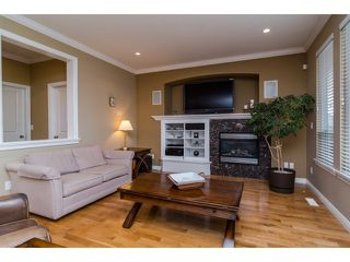 "Photo 5: 5836 167TH Street in Surrey: Cloverdale BC House for sale in ""WESTSIDE TERRACE"" (Cloverdale)  : MLS®# F1431310"
