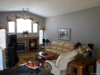Photo 2: 981 Aldgate Road in WINNIPEG: St Vital Residential for sale (South East Winnipeg)  : MLS®# 1519891
