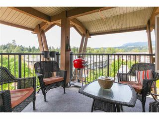 "Photo 16: 405 500 KLAHANIE Drive in Port Moody: Port Moody Centre Condo for sale in ""TIDES AT KLAHANIE"" : MLS®# V1142107"