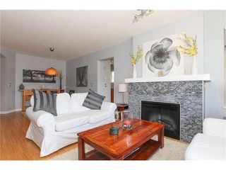 "Photo 4: 405 500 KLAHANIE Drive in Port Moody: Port Moody Centre Condo for sale in ""TIDES AT KLAHANIE"" : MLS®# V1142107"