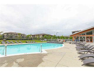 "Photo 17: 405 500 KLAHANIE Drive in Port Moody: Port Moody Centre Condo for sale in ""TIDES AT KLAHANIE"" : MLS®# V1142107"