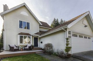 """Photo 1: 2119 KIRKSTONE Place in North Vancouver: Lynn Valley House for sale in """"KIRKSTONE"""" : MLS®# R2038550"""