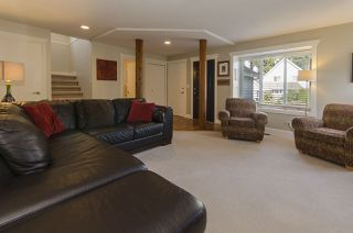 """Photo 3: 2119 KIRKSTONE Place in North Vancouver: Lynn Valley House for sale in """"KIRKSTONE"""" : MLS®# R2038550"""