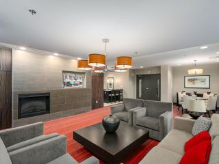 """Photo 17: 405 2940 KING GEORGE Boulevard in Surrey: Elgin Chantrell Condo for sale in """"HIGH STREET"""" (South Surrey White Rock)  : MLS®# R2041949"""