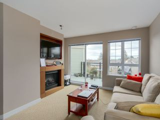 """Photo 4: 405 2940 KING GEORGE Boulevard in Surrey: Elgin Chantrell Condo for sale in """"HIGH STREET"""" (South Surrey White Rock)  : MLS®# R2041949"""